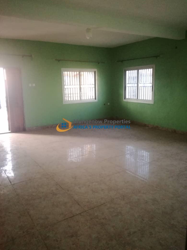 3 Bedrooms Apartment for Rent Behind Tiko Council, Tiko